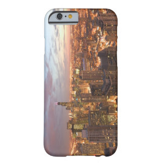 USA, Illinois, Chicago: Evening View of The Loop Barely There iPhone 6 Case
