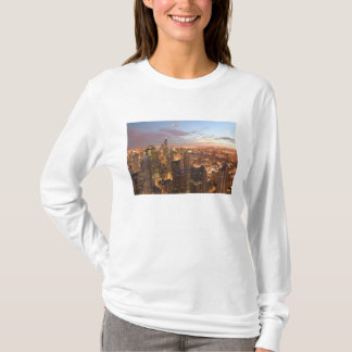 USA, Illinois, Chicago: Evening View of The Loop T-Shirt