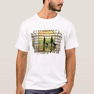USA, Illinois, Chicago: O'Hare International T-Shirt