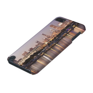 USA Illinois Chicago skyline at dusk iPod Touch 5G Case