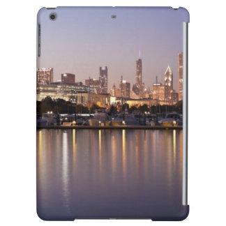 USA, Illinois, Chicago skyline at dusk Cover For iPad Air