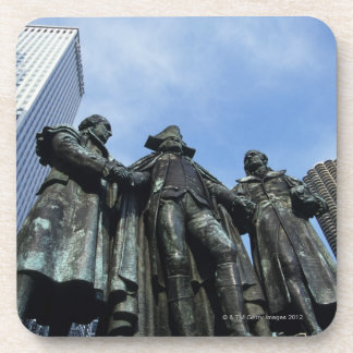 USA, Illinois, Chicago, skyscraper and statue Beverage Coaster