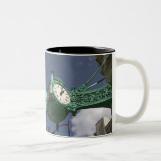 USA, Illinois, Chicago: The Loop: North State Two-Tone Coffee Mug