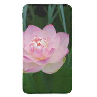 USA, Kansas, Pink Water Lilly Galaxy S5 Pouch