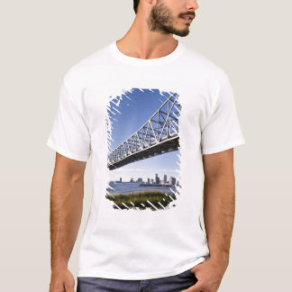 USA, Louisiana, New Orleans. Skyline from the T-Shirt