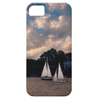 USA, Massachusetts. Sunset Sailing iPhone SE/5/5s Case