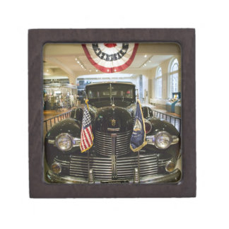 USA, Michigan, Dearborn: The Henry Ford Museum, Jewelry Box