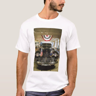 USA, Michigan, Dearborn: The Henry Ford Museum, T-Shirt