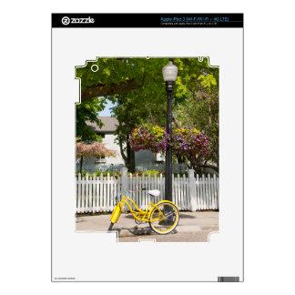 USA, Michigan, Mackinac Island. Yellow Bike iPad 3 Skin