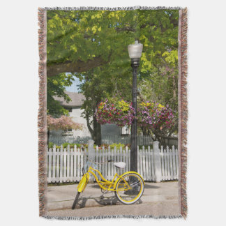 USA, Michigan, Mackinac Island. Yellow Bike Throw