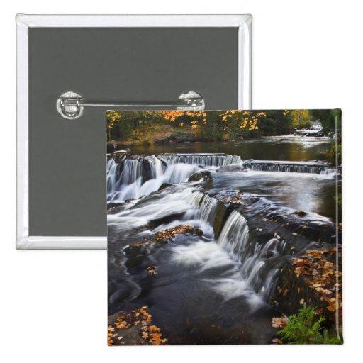 USA, Michigan, Upper Peninsula. Bond Falls and Pin