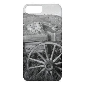 USA, Montana, Bannack State Park Old wagon made iPhone 8 Plus/7 Plus Case