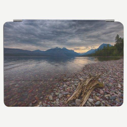 USA, Montana, Glacier National Park 1 iPad Air Cover