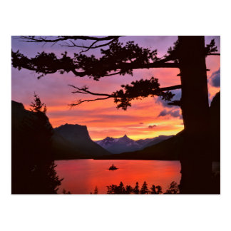 USA, Montana, Glacier National Park. Landscape Postcard