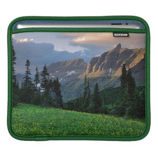 USA, Montana, Glacier National Park, Logan Pass Sleeve For iPads