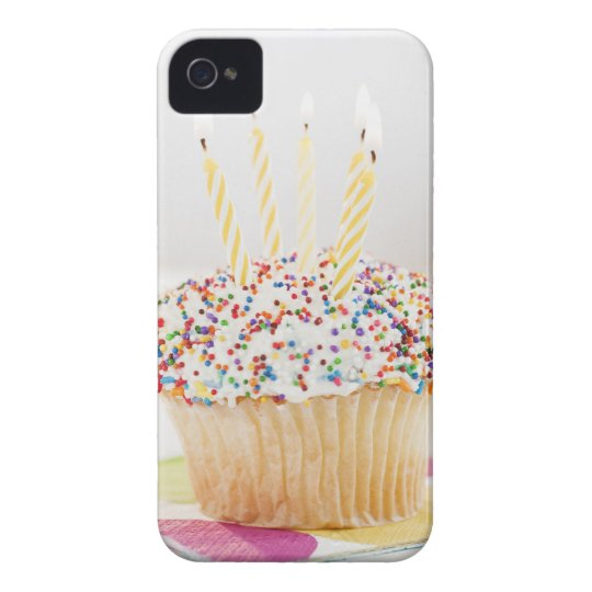 USA, New Jersey, Jersey City, Cupcake with iPhone 4 Cover