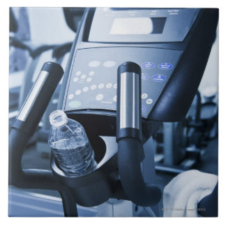 USA, New Jersey, Jersey City, Exercise machine Tile