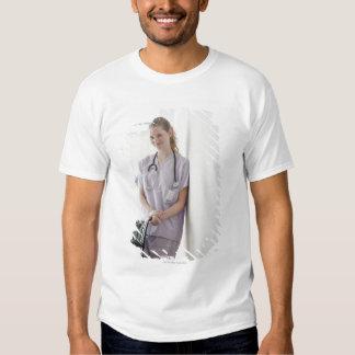 USA, New Jersey, Jersey City, Young nurse T-shirt