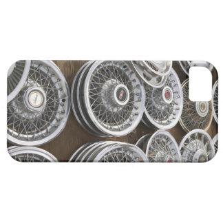 USA, New Mexico, Prewitt: Auto Hubcaps / Rt. 66 iPhone SE/5/5s Case