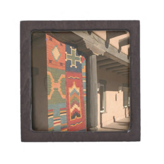 USA, New Mexico, Taos: Navaho Rug Gallery Kit Jewelry Box