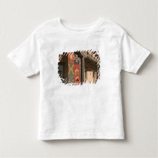USA, New Mexico, Taos: Navaho Rug Gallery Kit Toddler T-shirt