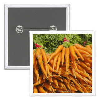 USA, New York City, Carrots for sale 2 Buttons