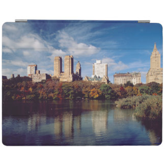 USA, New York City, Central Park, Lake iPad Smart Cover