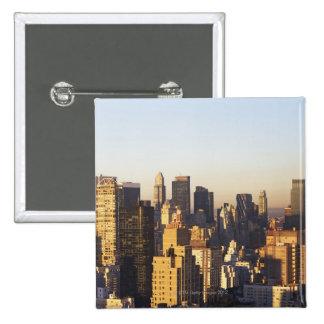 USA, New York City, Manhattan skyline 2 Button