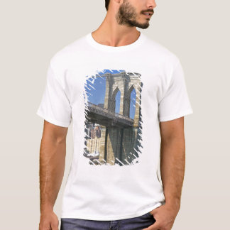 USA, New York, New York City. Brooklyn Bridge T-Shirt