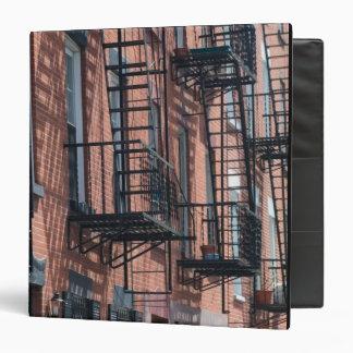 USA, New York, New York City, Brooklyn: Cobble 3 Ring Binder