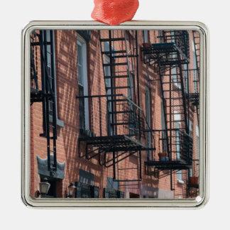 USA, New York, New York City, Brooklyn: Cobble Metal Ornament