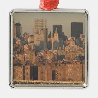 USA, New York, New York City, Manhattan: 12 Christmas Tree Ornament