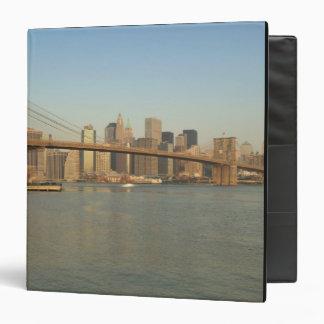 USA, New York, New York City, Manhattan: 13 Binder