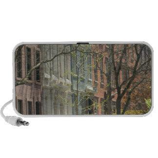 USA, New York, New York City, Manhattan: 20 iPod Speakers