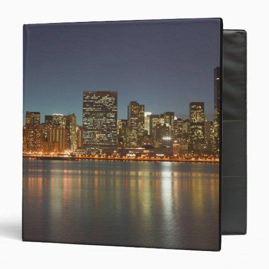 USA, New York, New York City, Manhattan: 24 Binder
