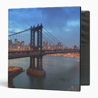 USA, New York, New York City, Manhattan: 26 3 Ring Binder