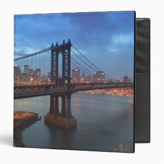 USA, New York, New York City, Manhattan: 26 3 Ring Binder