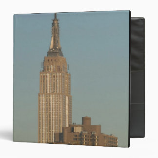 USA, New York, New York City, Manhattan: 7 Binder
