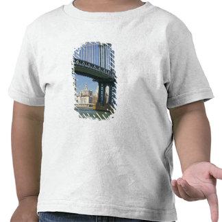 USA, New York, New York City. Manhattan Bridge Tshirt