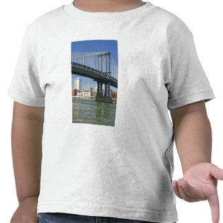 USA, New York, New York City. Manhattan Bridge Tee Shirt