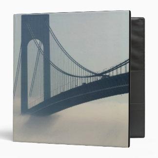 USA, New York, New York City, Staten Island: 3 Ring Binder