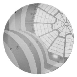 USA, New York, New York City: The Guggenheim 3 Party Plate