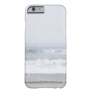 USA, New York State, Rockaway Beach, snow storm Barely There iPhone 6 Case