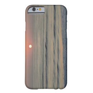 USA, North Carolina, Outer Banks, Kill Devil Barely There iPhone 6 Case