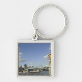 USA, Ohio, Cincinnati: Roebling Suspension 2 Silver-Colored Square Keychain