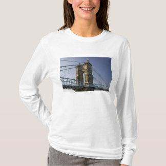 USA, Ohio, Cincinnati: Roebling Suspension 3 T-Shirt