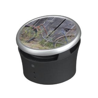 USA, Oregon, Bend. A dilapidated old bike Bluetooth Speaker