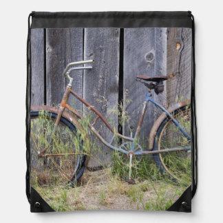 USA, Oregon, Bend. A dilapidated old bike Drawstring Bag