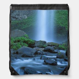 USA, Oregon, Columbia Gorge, Latourell Falls Drawstring Backpack
