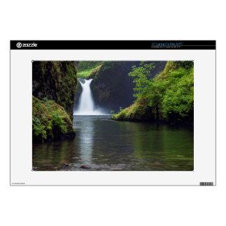 "USA, Oregon, Columbia River Gorge 5 15"" Laptop Decals"